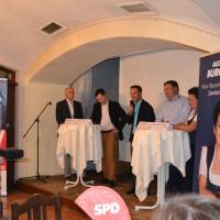 Von rechts: Steffen Storandt, BUND Rosenheim; Torsten Gruber, DB-Projektleiter; Martin Breitkopf, Moderator; Thomas Riedrich, BI Brennerdialog, e. V.; Alexandra Burgmaier, SPD-Landtagskandidatin