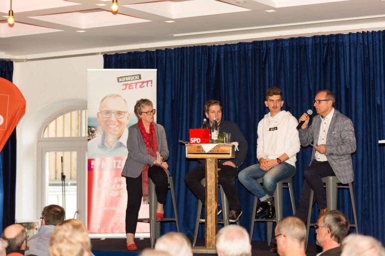 Politik im Wandel – Kevin Kühnert spannt den Bogen von der Bundes– zur Kommunalpolitik bei der Rosenheimer SPD